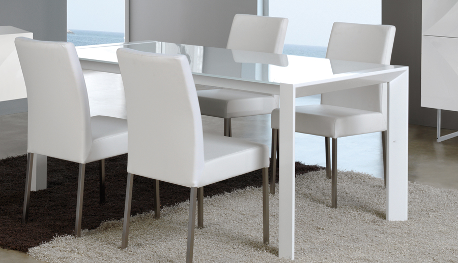 Dt 11 Dining Table Buy Online At Best Price