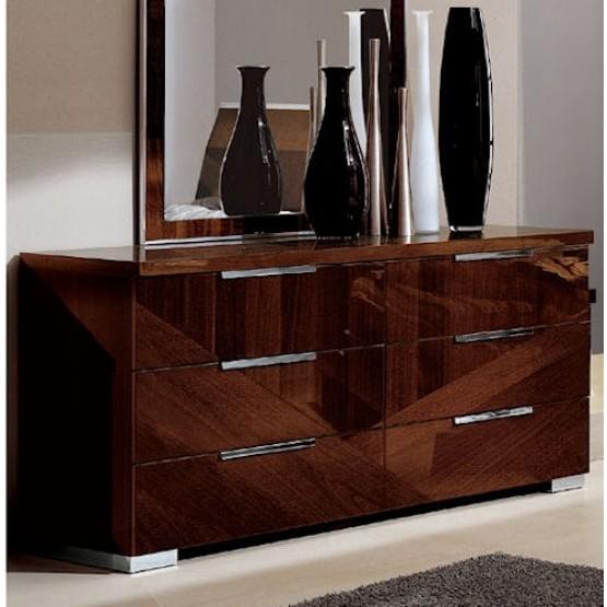 Capri Dresser photo