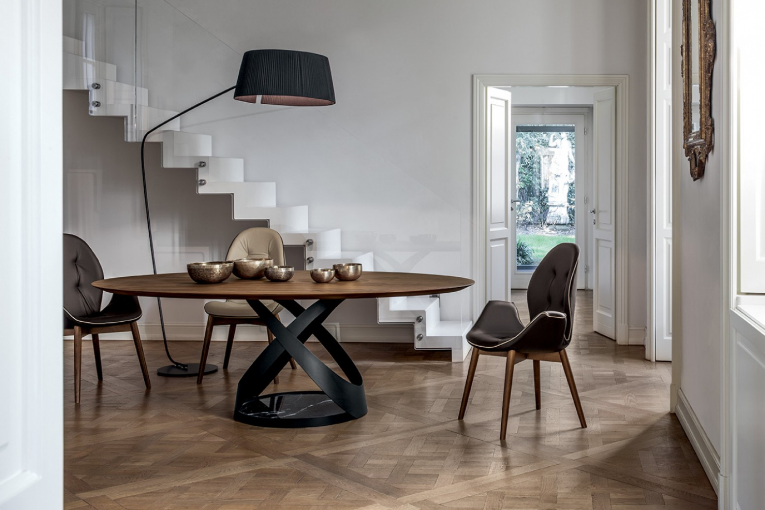 Capri Oval Dining Table Matt Black Metal Base Marquina Black Marble Canaletto Walnut Wood Top Buy Online At Best Price