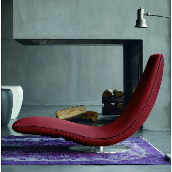 Ricciolo Chaise Lounge, Burgundy Red Eco-Leather photo