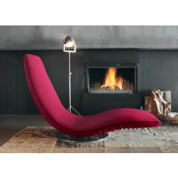 Ricciolo Chaise Lounge, Cyclamen Red Orchidea Fabric