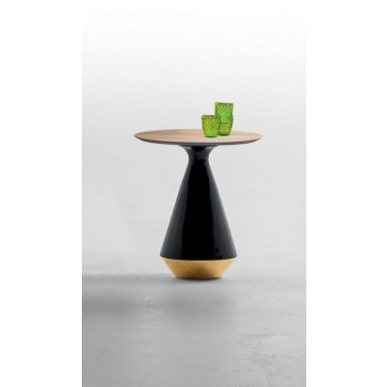 Amira Side Table, Glossy Black and Gold Ceramic Base, Natural Oak Wood Top