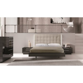Beja King Size Bedroom Set by J&M Furniture